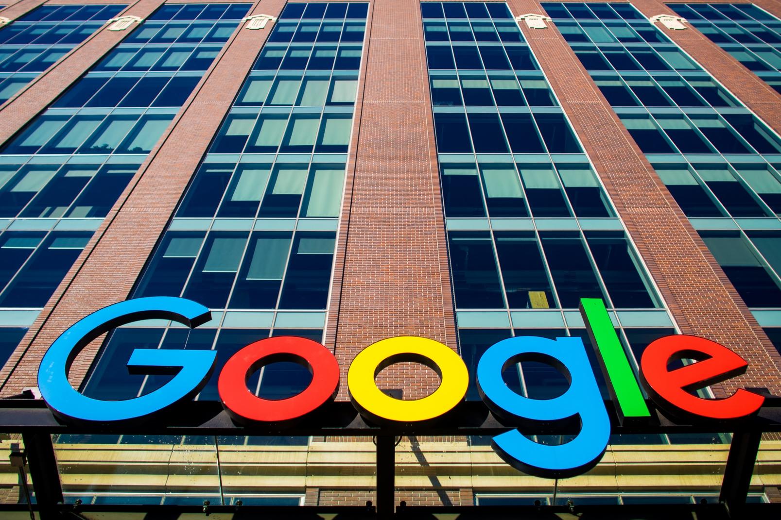 Imagem de Google é processada por 4,4 milhões de donos de iPhone no Reino Unido no tecmundo