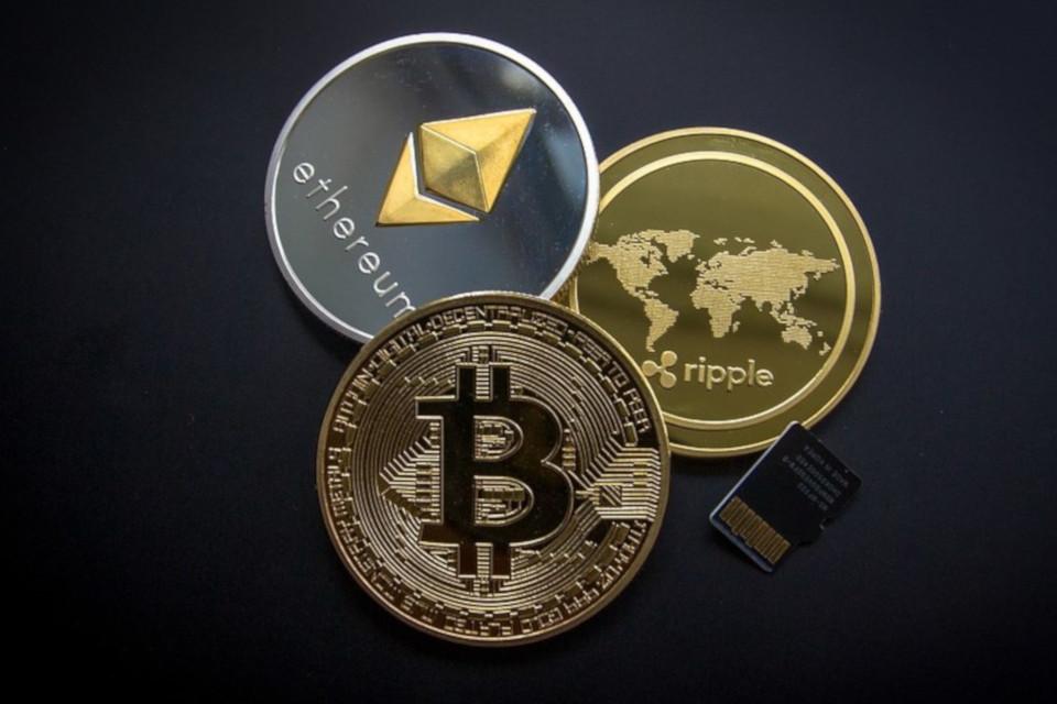 Imagem de Cerca de US$ 1,2 bilhão em criptomoedas foram roubados no último ano no tecmundo