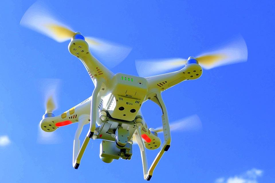 Imagem de Este sensor consegue paralizar hélices de drone e evitar acidentes no tecmundo