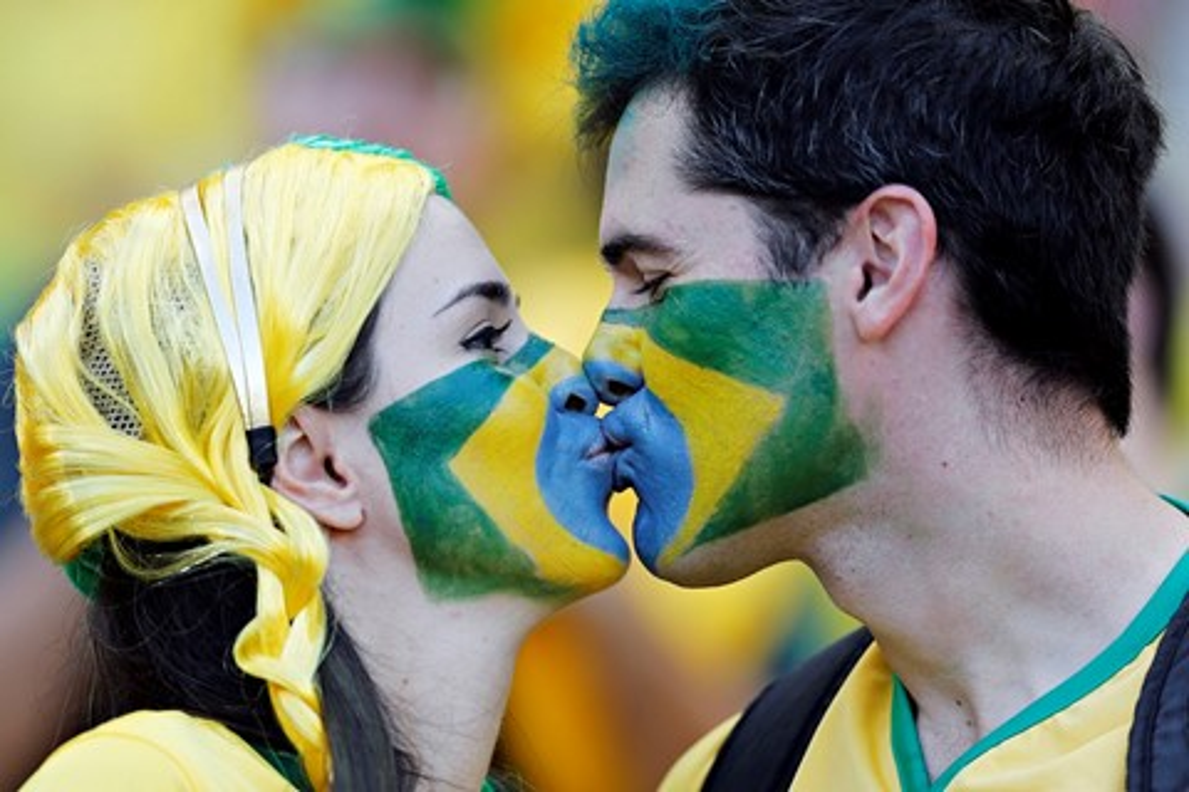 Imagem de Faltou companhia para ver a Copa? App acha um crush para ver os jogos junto no tecmundo