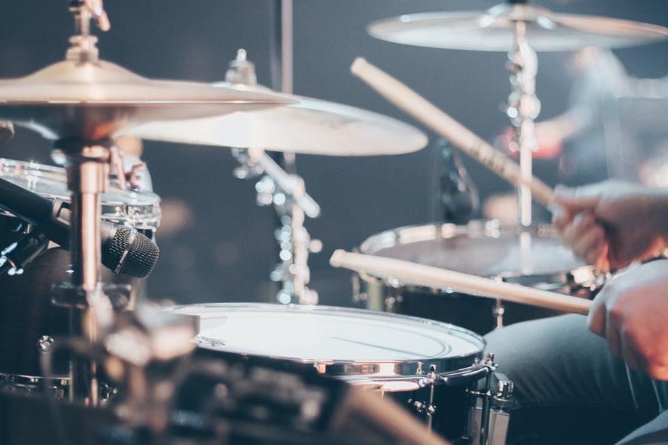 Imagem de Pesquisadores criam aplicativo capaz de separar instrumentos de músicas no tecmundo