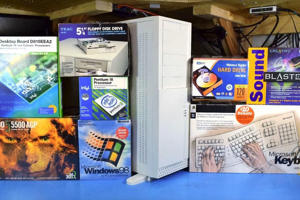 Imagem de Windows 98: Geek monta e roda PC gamer antigo com peças de mais de 20 anos no tecmundo
