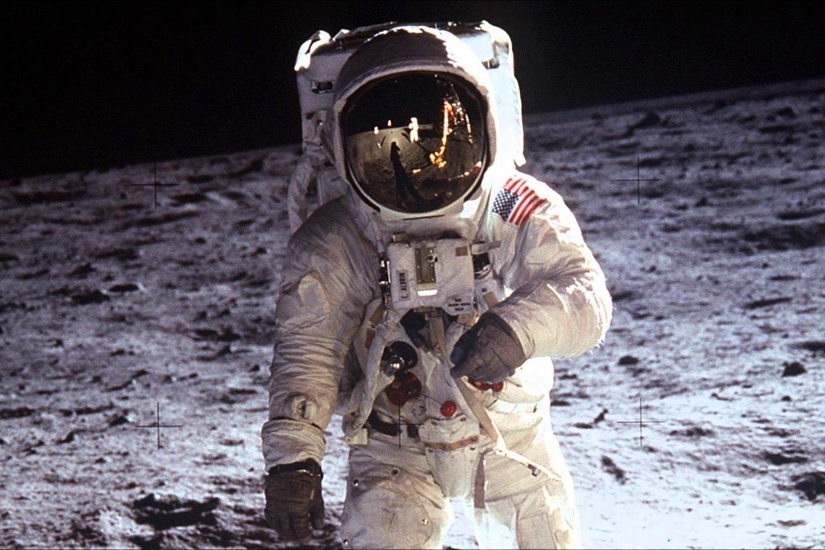 Imagem de Coleção particular do primeiro homem a pisar na Lua vai a leilão nos EUA no tecmundo
