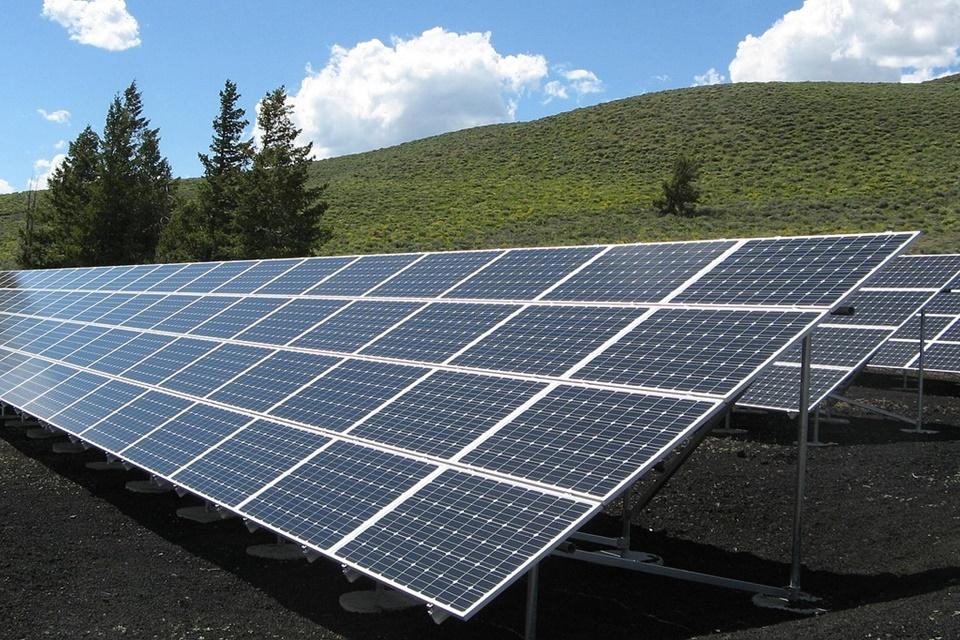 Imagem de BNDES abre linha de crédito para pessoa física instalar energia solar no tecmundo