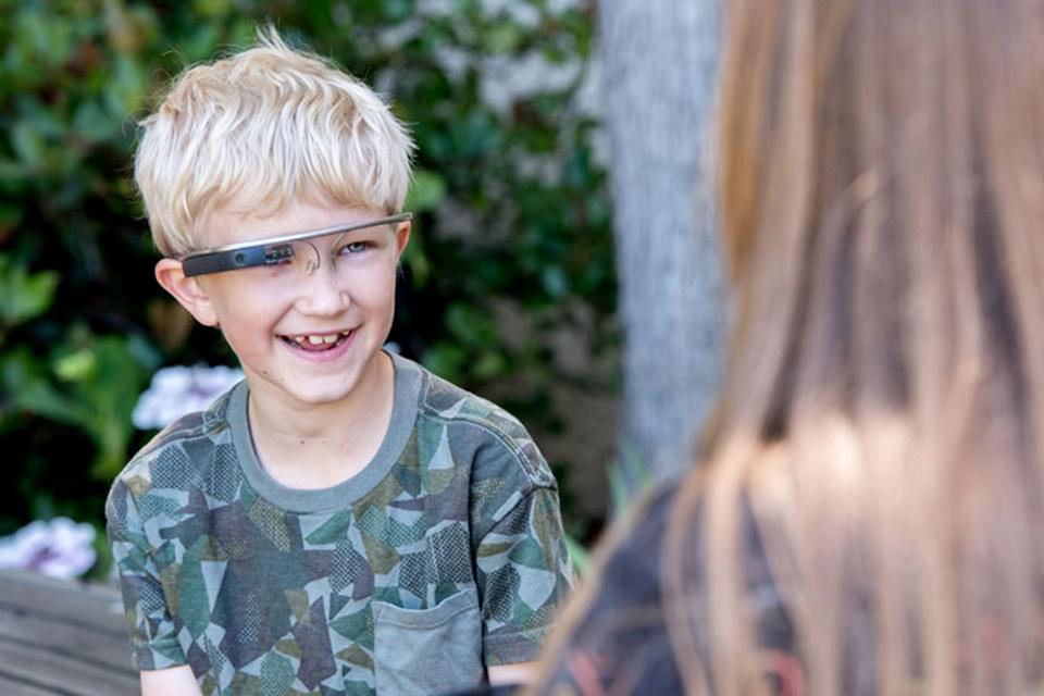 Imagem de Programa com Google Glass ajuda na socialização de crianças com autismo no tecmundo