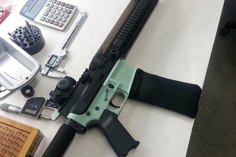 Imagem de Facebook barra compartilhamentos sobre armas feitas com impressoras 3D no tecmundo