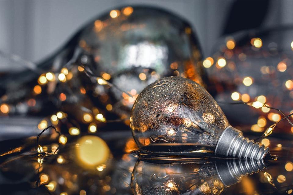 Imagem de Por que você deve ter uma lâmpada inteligente no tecmundo