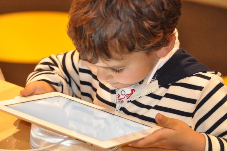 Imagem de Oito em cada dez crianças e adolescentes tem acesso à internet no Brasil no tecmundo