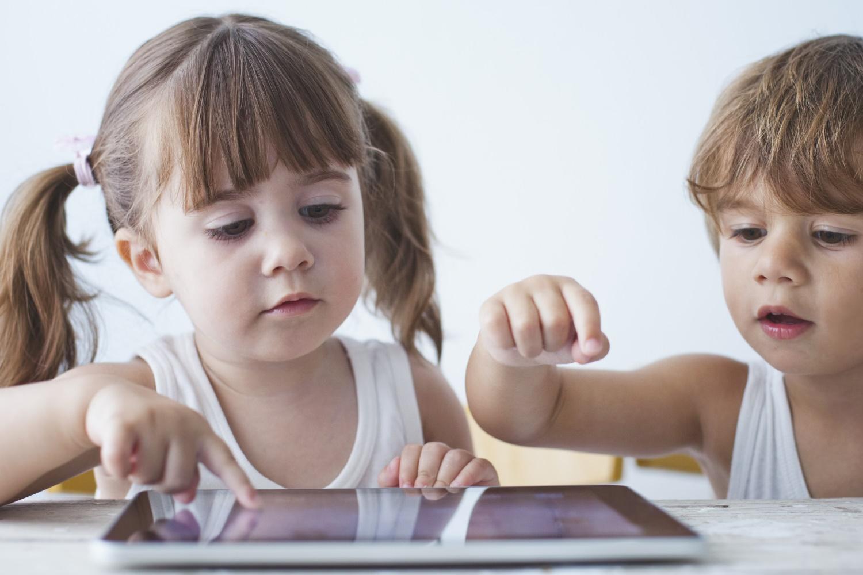 Imagem de Crianças encontram hack e driblam restrições de tempo de uso do iOS 12 no tecmundo