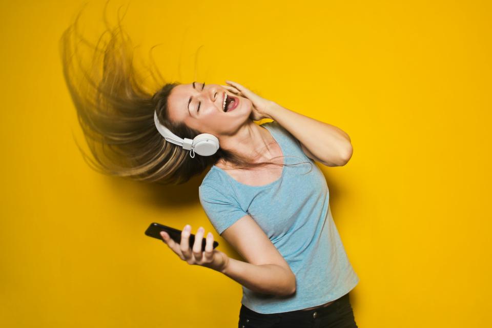 Imagem de Como os apps de música usam a inteligência artificial para criar playlists? no tecmundo
