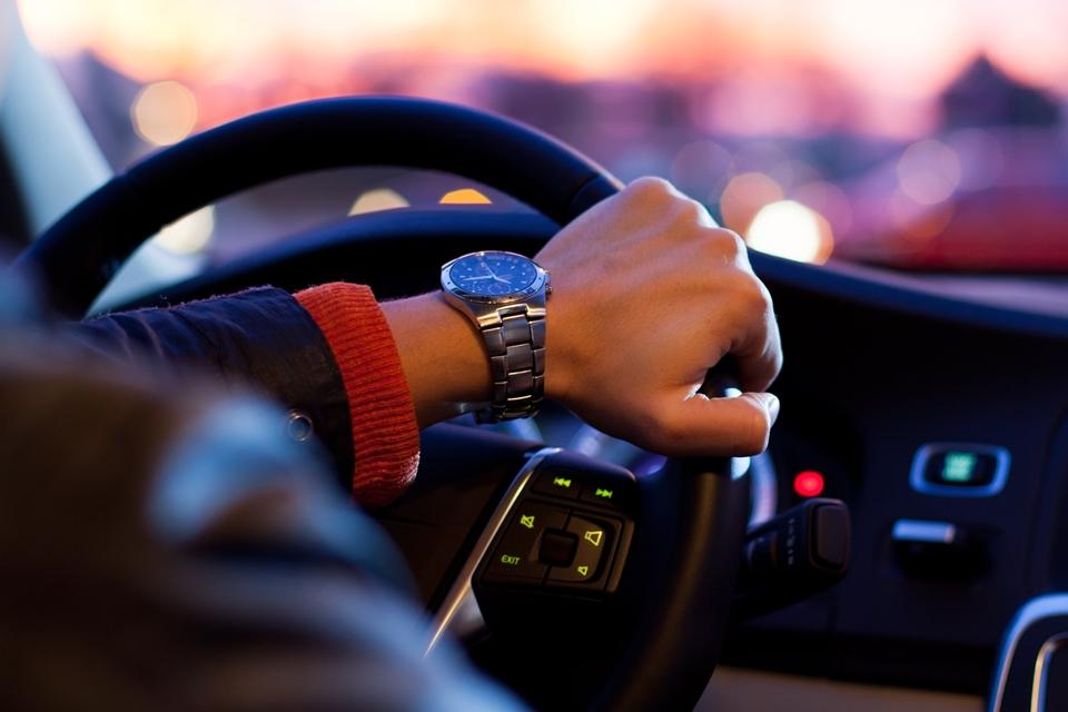 Imagem de Regulamentação do Uber no interior de SP quer dar viagens de graça a idosos no tecmundo