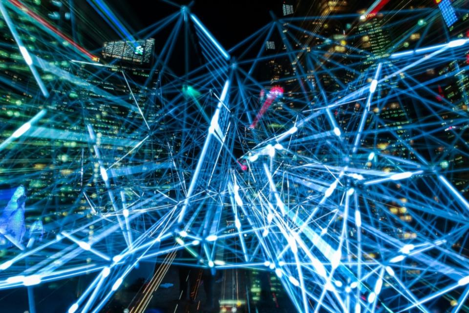 Imagem de Quais as vantagens de ter um data center virtual Cloud OpenStack? no tecmundo