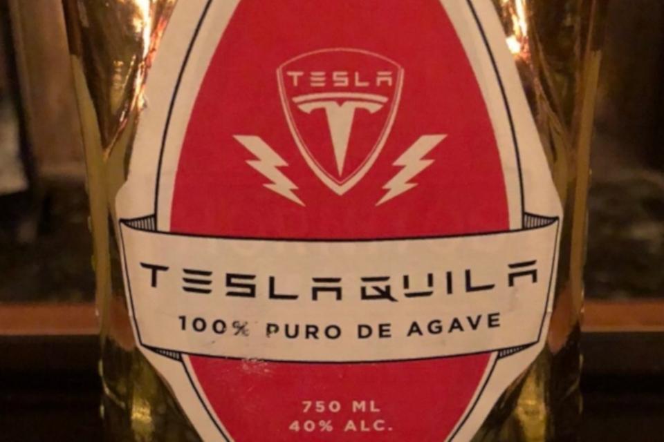 Imagem de Anúncio da Teslaquila de Elon Musk não agrada indústria mexicana de tequila no tecmundo