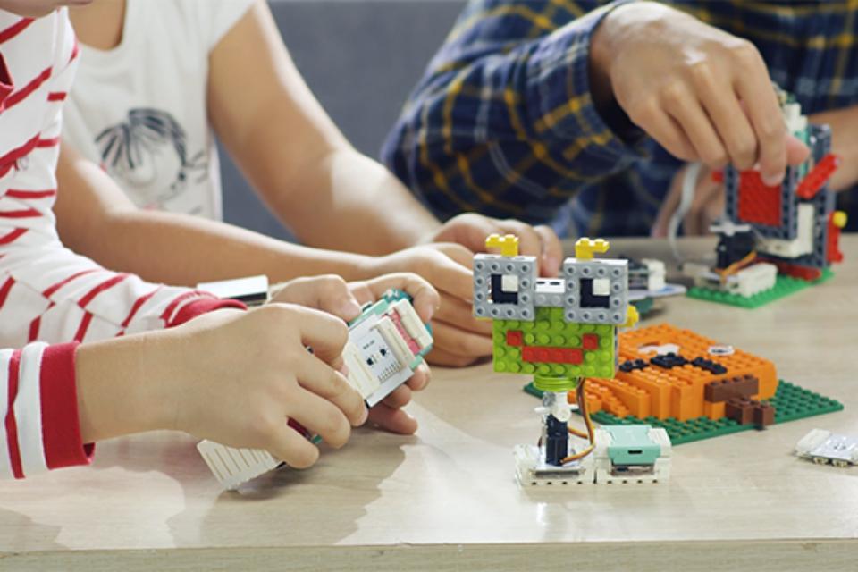 Imagem de Groove Junior: Agora as crianças podem aprender programação brincando no tecmundo