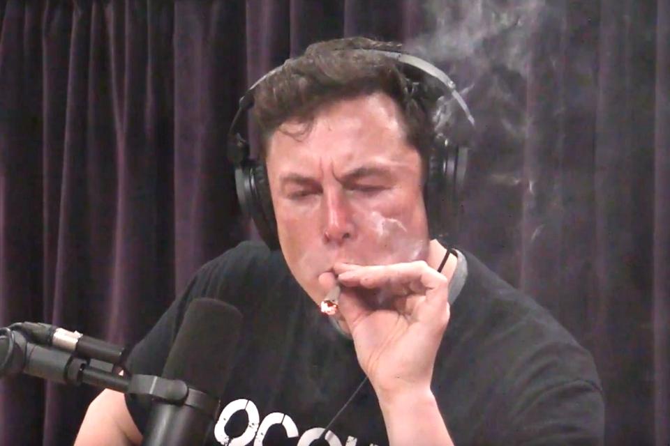 Imagem de Elon Musk não será visto fumando maconha em público novamente, diz NASA no tecmundo