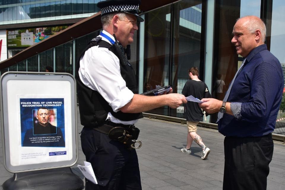 Imagem de Polícia britânica vai testar sistema de reconhecimento facial em Londres no tecmundo
