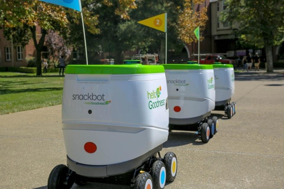 Imagem de PepsiCo testa carrinhos autônomos que entregam lanches em universidade no tecmundo