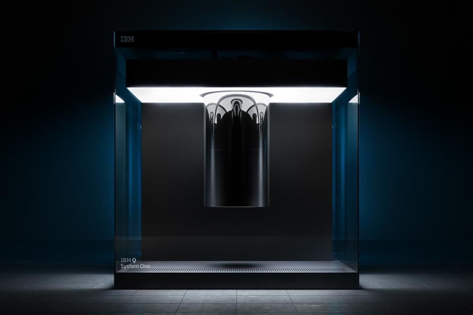 Imagem de IBM revela 1º sistema de computação quântica integrada para uso comercial no tecmundo