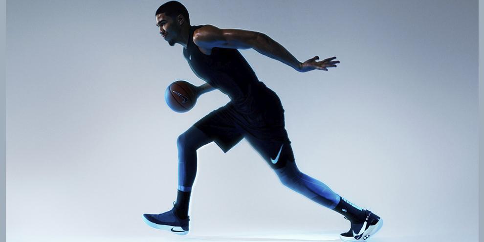 e48b6507a1 Nike divulga nova geração de tênis que se ajustam sozinhos - TecMundo