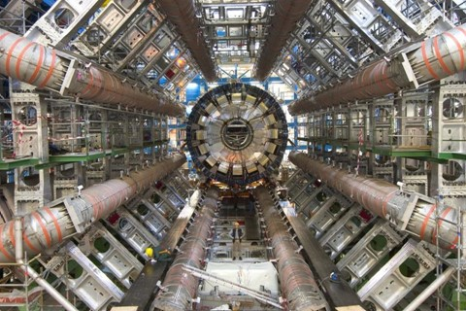 Imagem de CERN pretende construir colisor de partículas ainda maior que o LHC no tecmundo