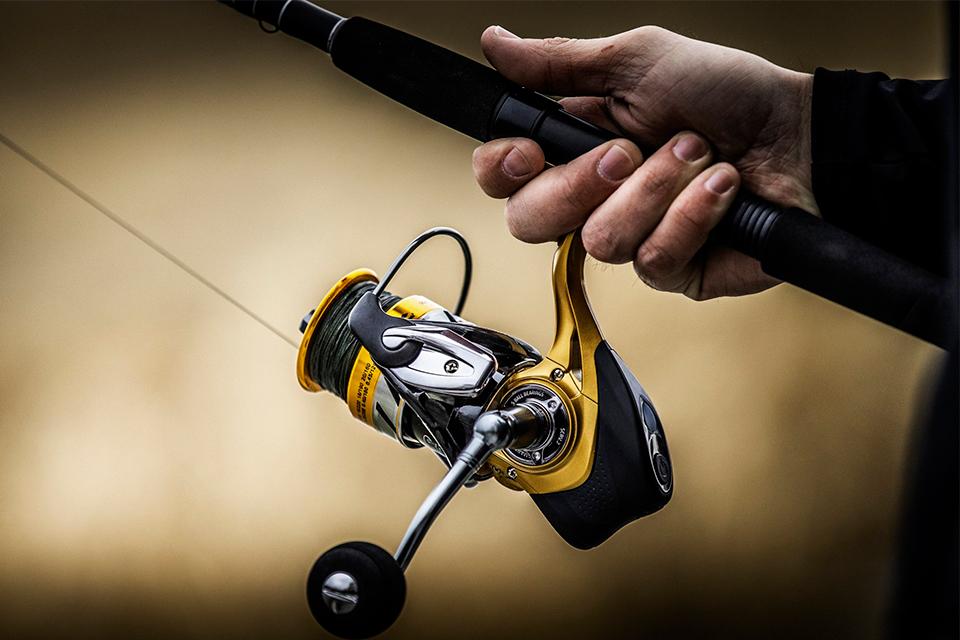 """Imagem de Nova carretilha de pesca """"smart"""" detecta quando um peixe morde a isca no tecmundo"""