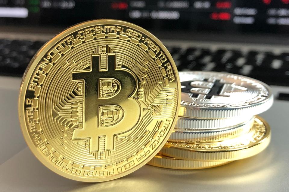 """Imagem de Criador do bitcoin, Satoshi Nakamoto faz """"aniversário"""" hoje (5) no tecmundo"""