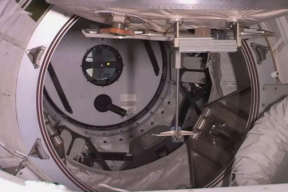 Imagem de Análise mostra que a ISS é tão limpa quanto o vestiário de uma academia no tecmundo
