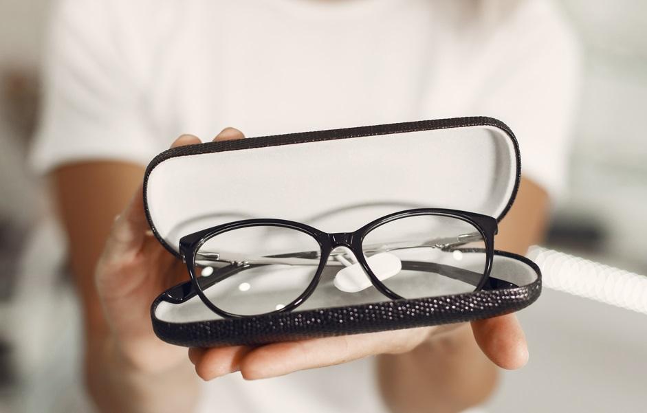 Imagem de Zuckerberg confirma que Facebook vai lançar óculos inteligentes no tecmundo