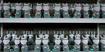 Imagem de Novo tênis da Nike tem cadarços eletrônicos que se fecham sozinhos no site TecMundo